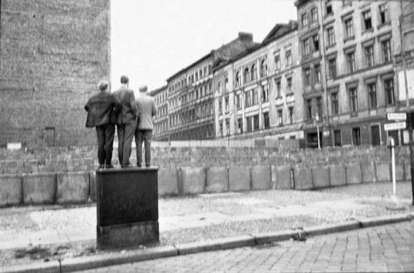 Berlin_Wall_Three Men
